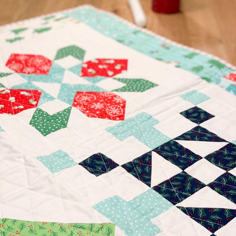 Merry Mini-Quilt Detail2